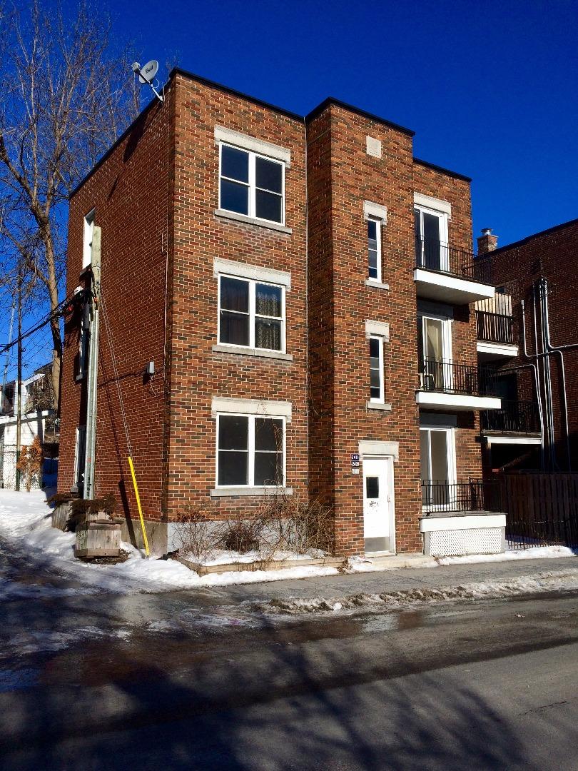 Triplex à vendre Montréal - 2407-2411, rue de Rouen