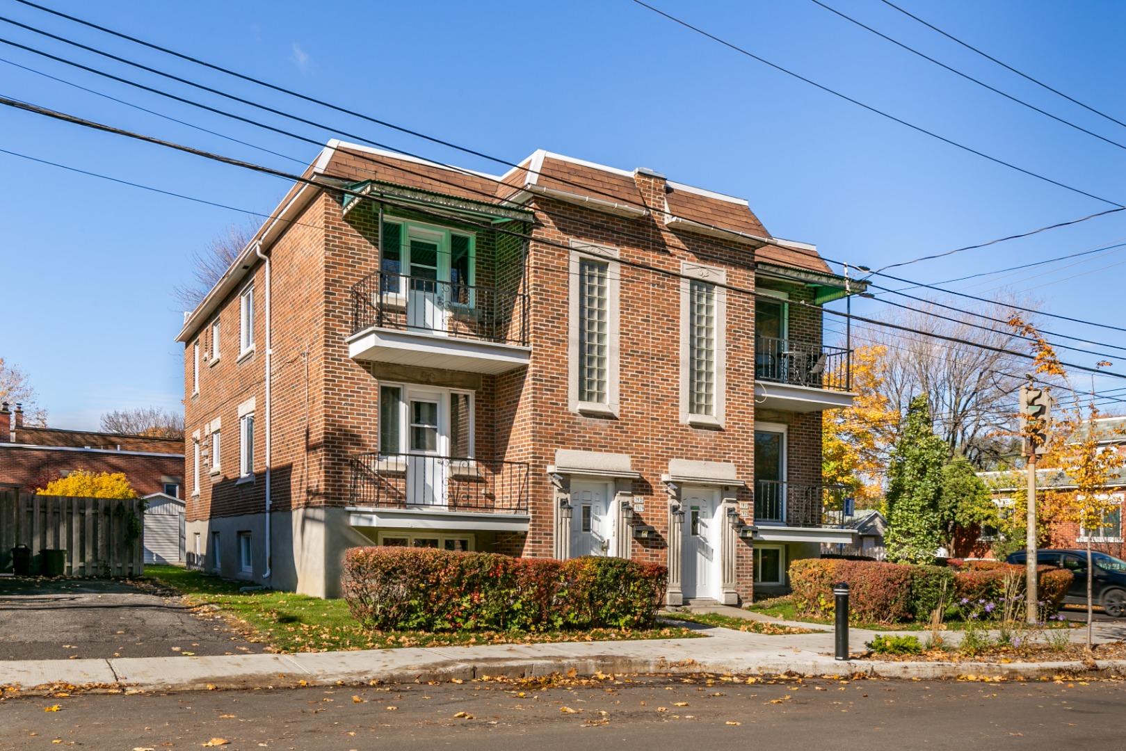 Triplex à vendre Mercier 7929-7931 rue La Fontaine Montréal-2.jpg