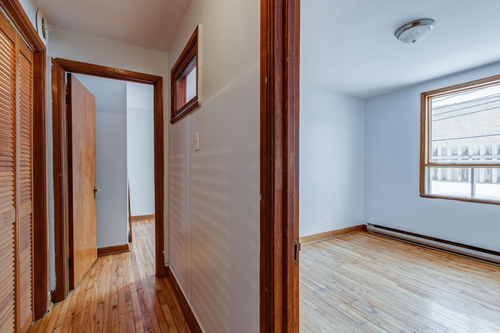 Duplex à vendre Montréal Mercier-Hochelaga-Maisonneuve - Corridor 2e niveau