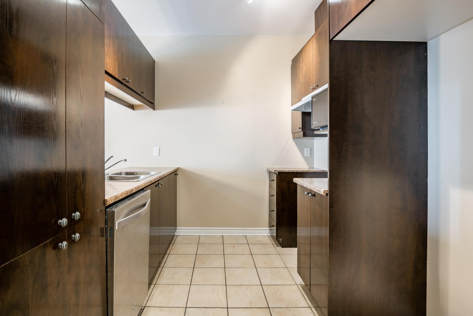 condo a vendre rosemont_montreal- 3860 rue masson_#3_AL-10.jpg