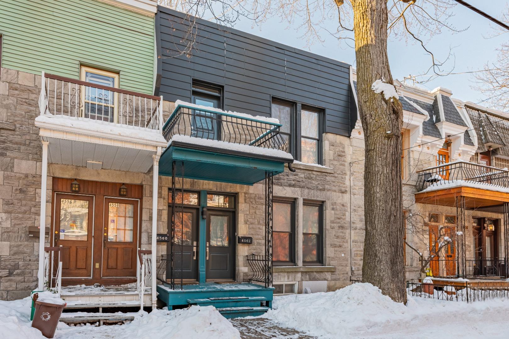 Duplex_à_vendre_Montréal_le_plateau_Mont_Royal_4560-4562_Rue_de_Mentana_Montréal-GL(1).jpg
