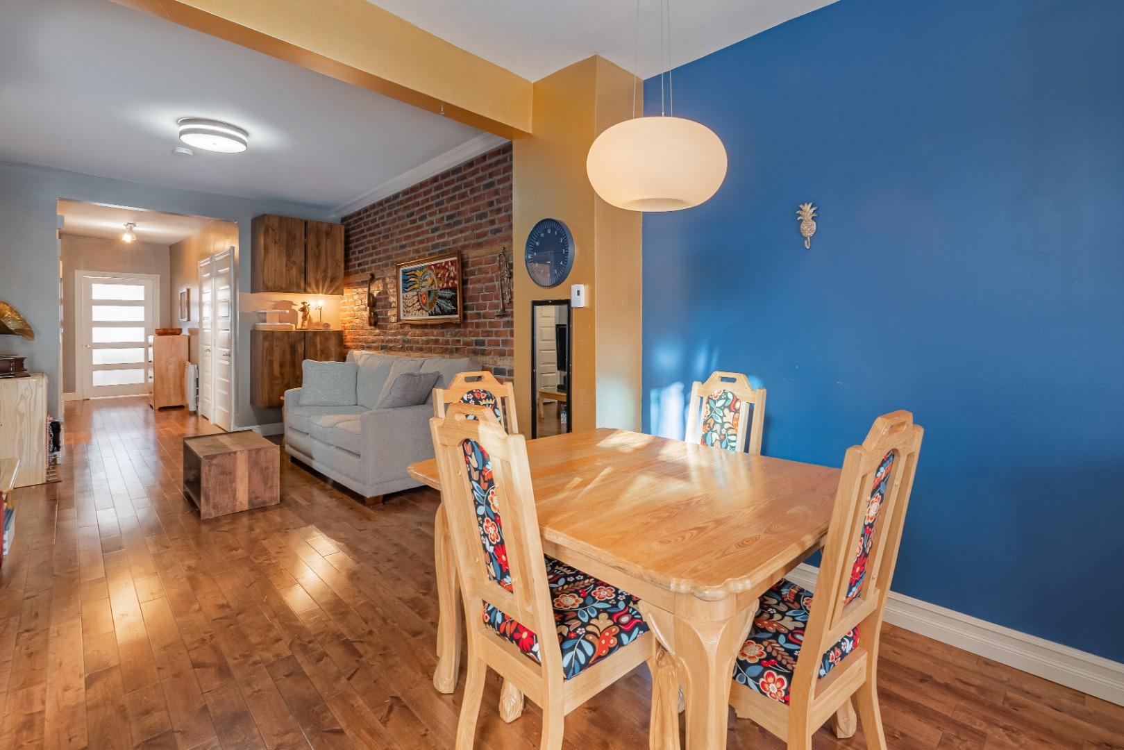 Duplex_à_vendre_Montréal_le_plateau_Mont_Royal_4560-4562_Rue_de_Mentana_Montréal-GL(10).jpg