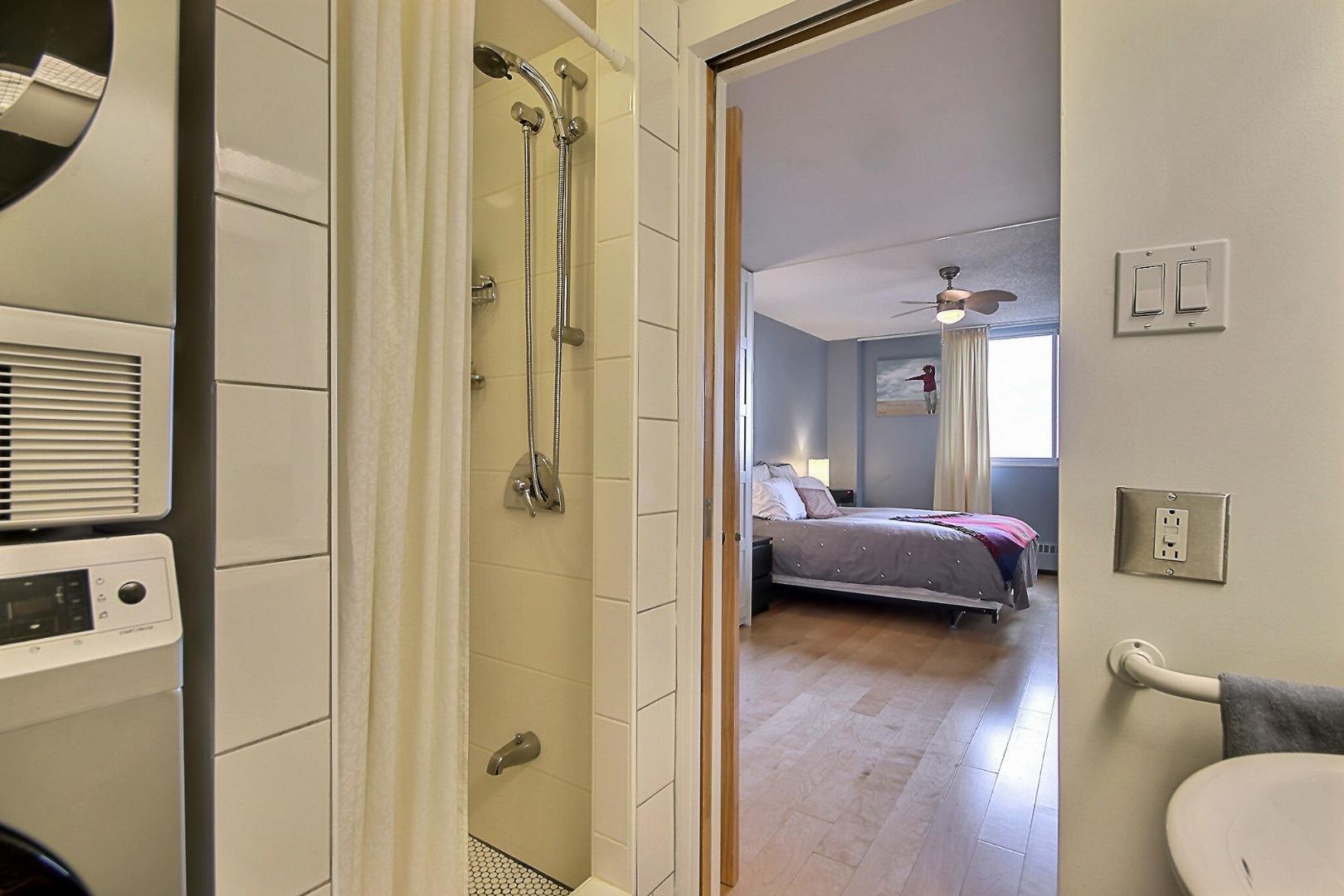 Condo à vendre 3535 rue Papineau app. 814 Plateau Mont Royal-11.jpg