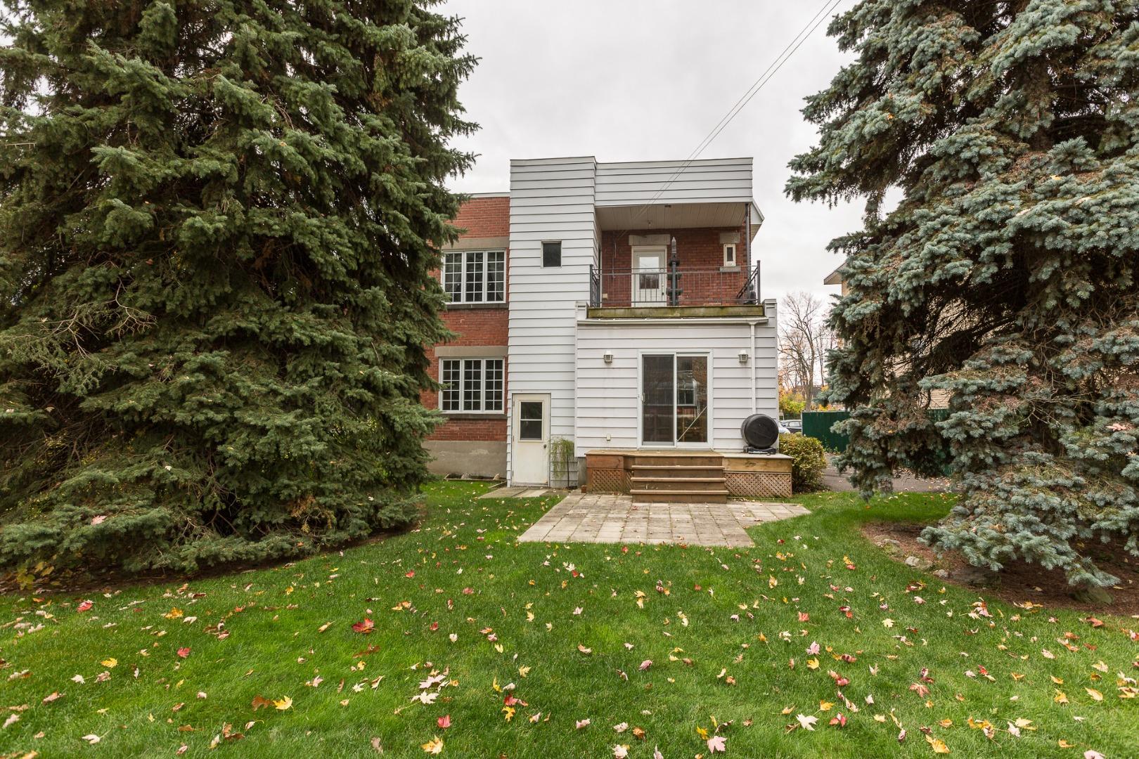 Duplex à vendre Montréal Ahuntsic-Cartierville-Nouveau Bordeaux - Cour
