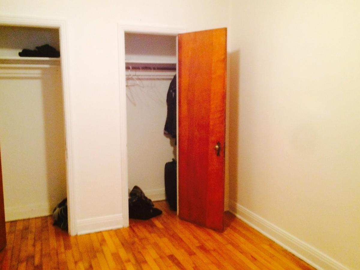 Chambre à coucher - 8 logements à vendre Montreal