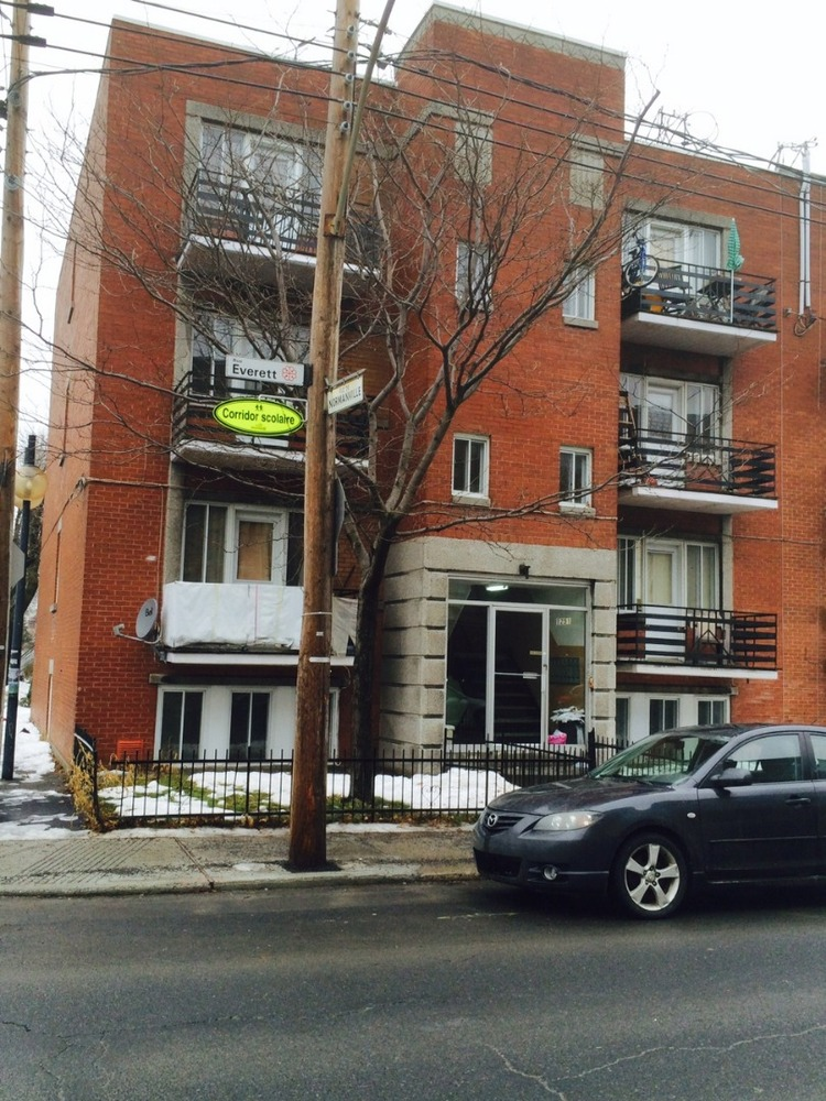 Façade - 8 logements à vendre Montréal