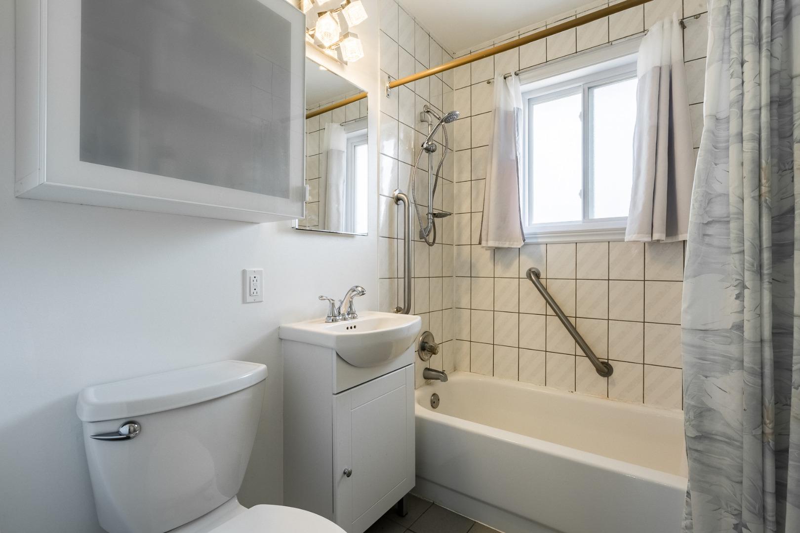 Maison à vendre_-_4351_rue_gilles_-_pierrefonds_-_steve_rouleau_-_al14.jpg