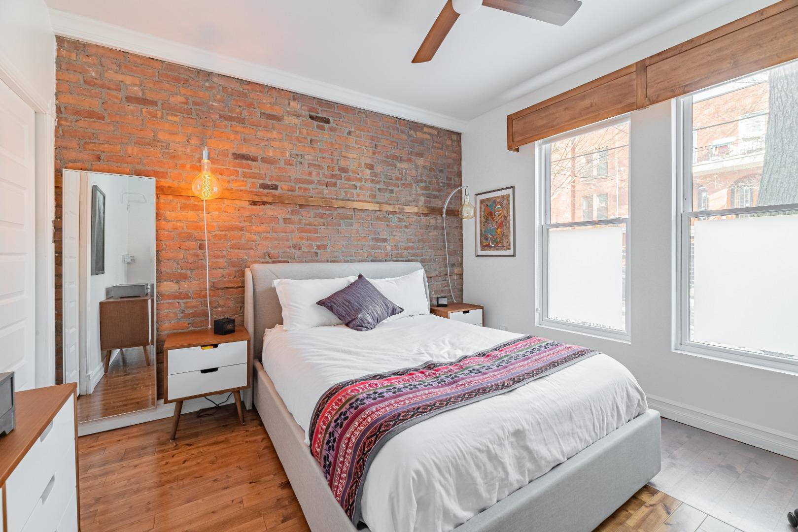 Duplex_à_vendre_Montréal_le_plateau_Mont_Royal_4560-4562_Rue_de_Mentana_Montréal-GL(3).jpg
