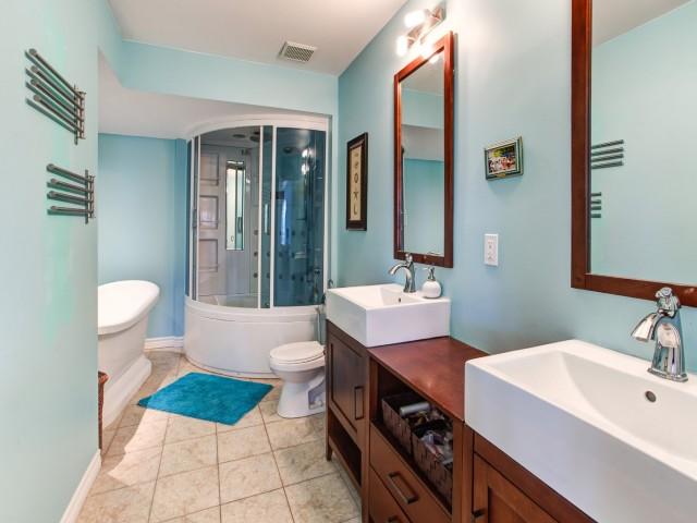 Maison à vendre Laval Vimont - Salle de bain