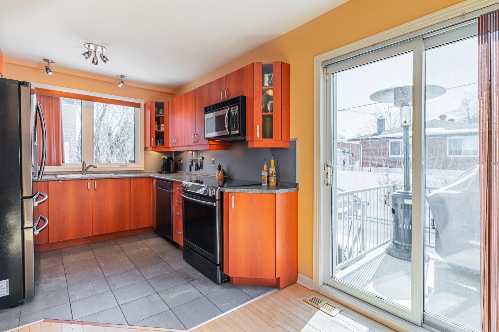 Maison_à_vendre-682_Av_Mondor-Laval-GL(9)-.jpg