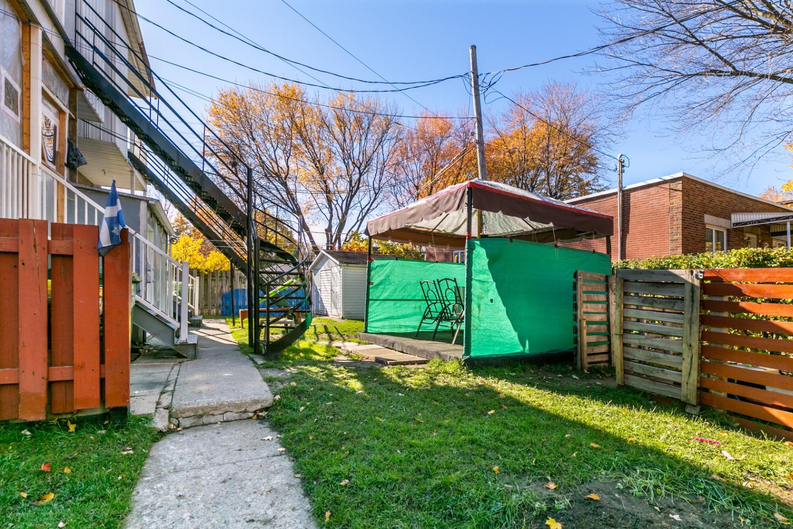Triplex à vendre Mercier 7935-7937 rue La Fontaine-28.jpg