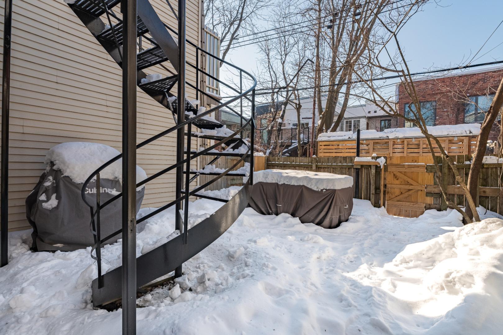 Duplex_à_vendre_Montréal_le_plateau_Mont_Royal_4560-4562_Rue_de_Mentana_Montréal-GL(15).jpg