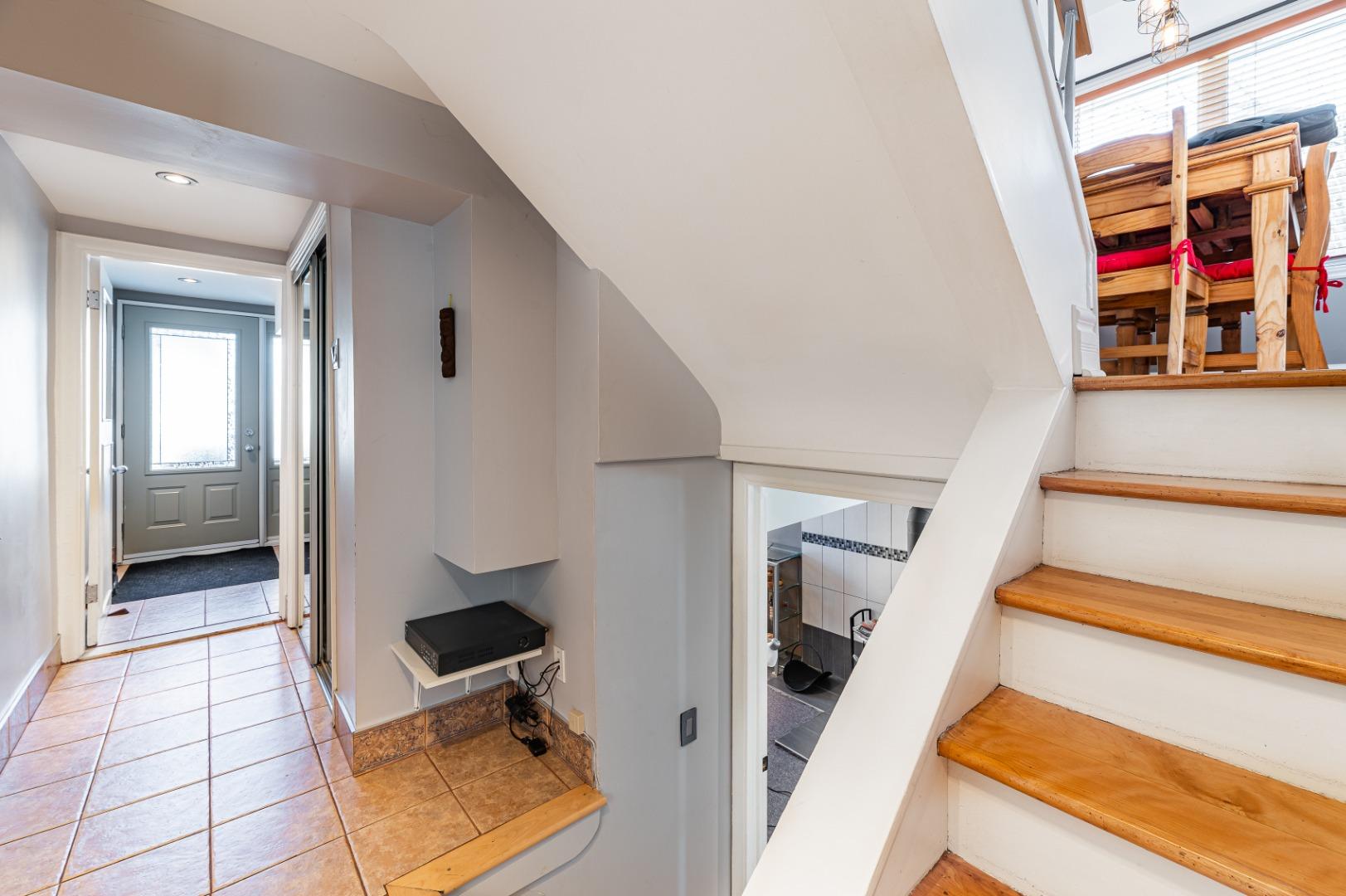 Maison à vendre 682, Av. Mondor Laval 3