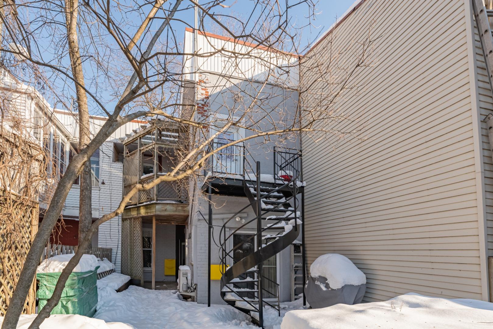 Duplex_à_vendre_Montréal_le_plateau_Mont_Royal_4560-4562_Rue_de_Mentana_Montréal-GL(16).jpg
