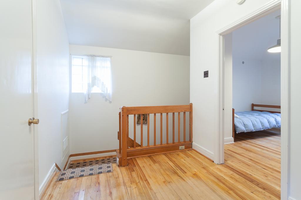 2e étage - Maison à vendre Ville Mont-Royal